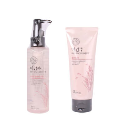 The Face Shop Rice Water Bright Cleansing Foam and Oil Set are very moisturizing and nourishes the skin